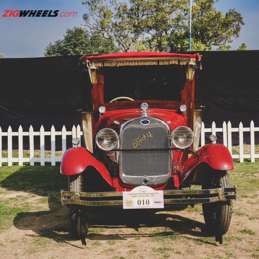 Click image for larger version  Name:Ford Model A Luxury Coach-3.jpg Views:1 Size:147.7 KB ID:10973
