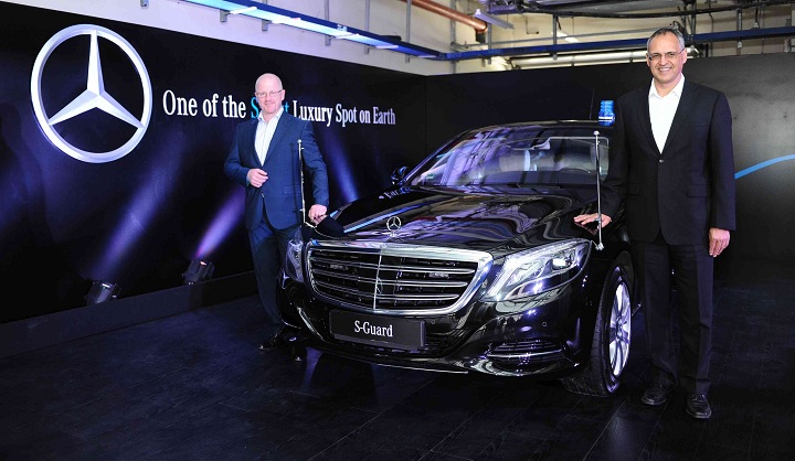 Click image for larger version  Name:From-L-R-Markus-Rubenbauer-Head-Sales-Marketing-Mercedes-Benz-Guard-....jpg Views:1 Size:150.2 KB ID:1622