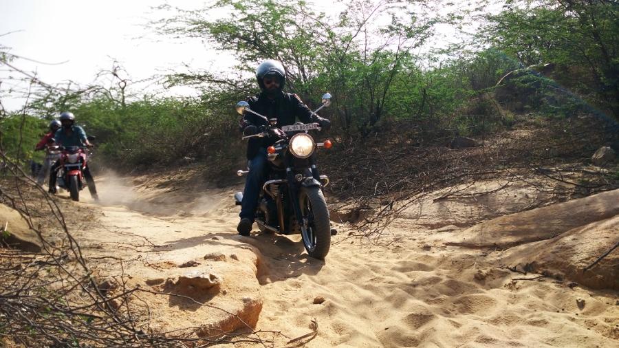 Click image for larger version  Name:Zigdrive-3-biking (31).jpg Views:1 Size:420.9 KB ID:3638